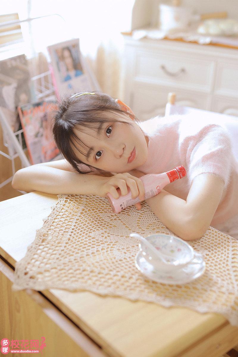 沈阳市第四十二中学美女校花孔莉果写真套图