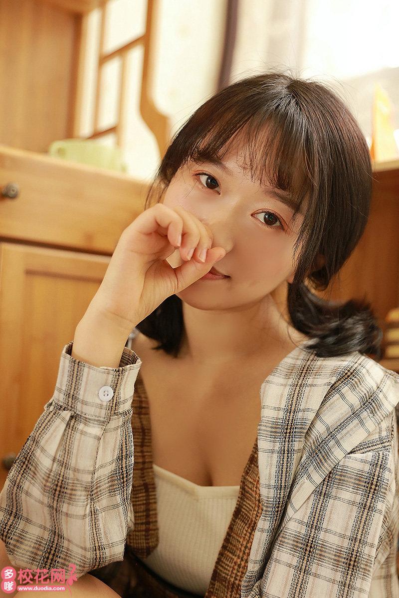 托克托县乃只盖中学美女校花宁美泉摄影图片