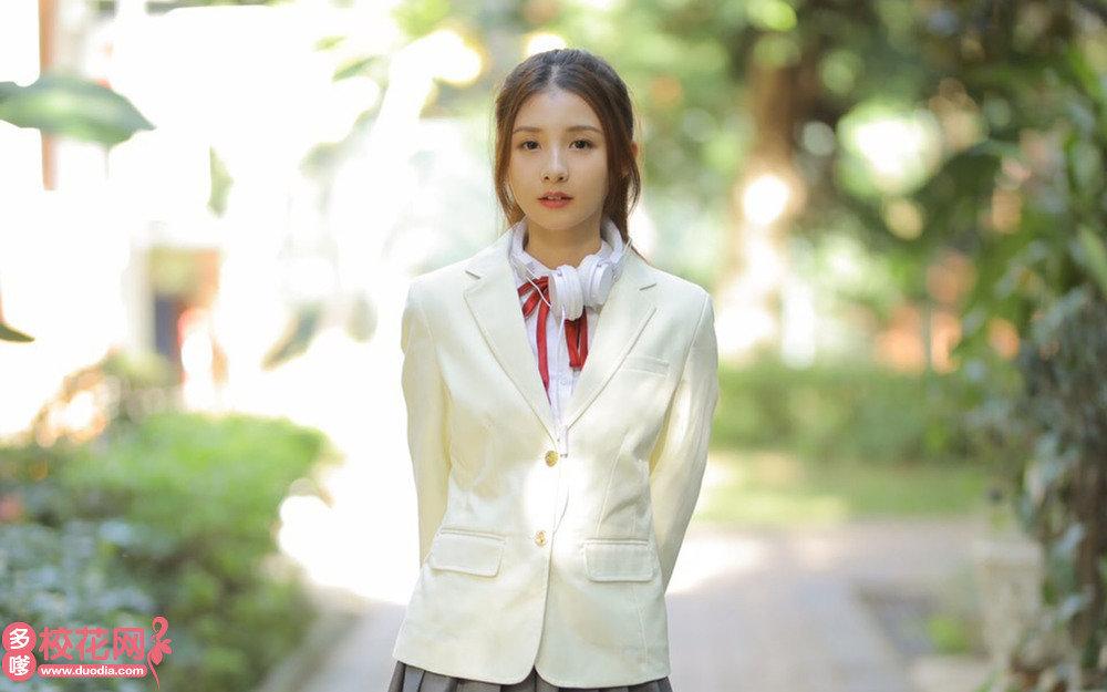 贵阳市乌当区水田中学美女校花徐宝香私房写真