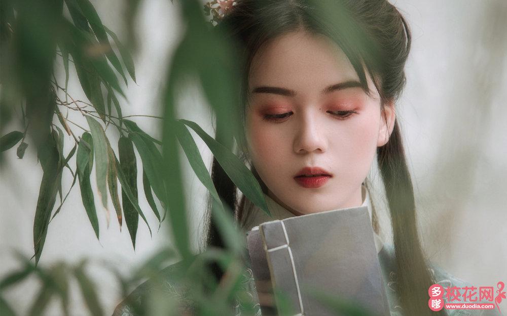 贵阳市乌当区新堡乡民族中学美女校花徐文学个人摄影