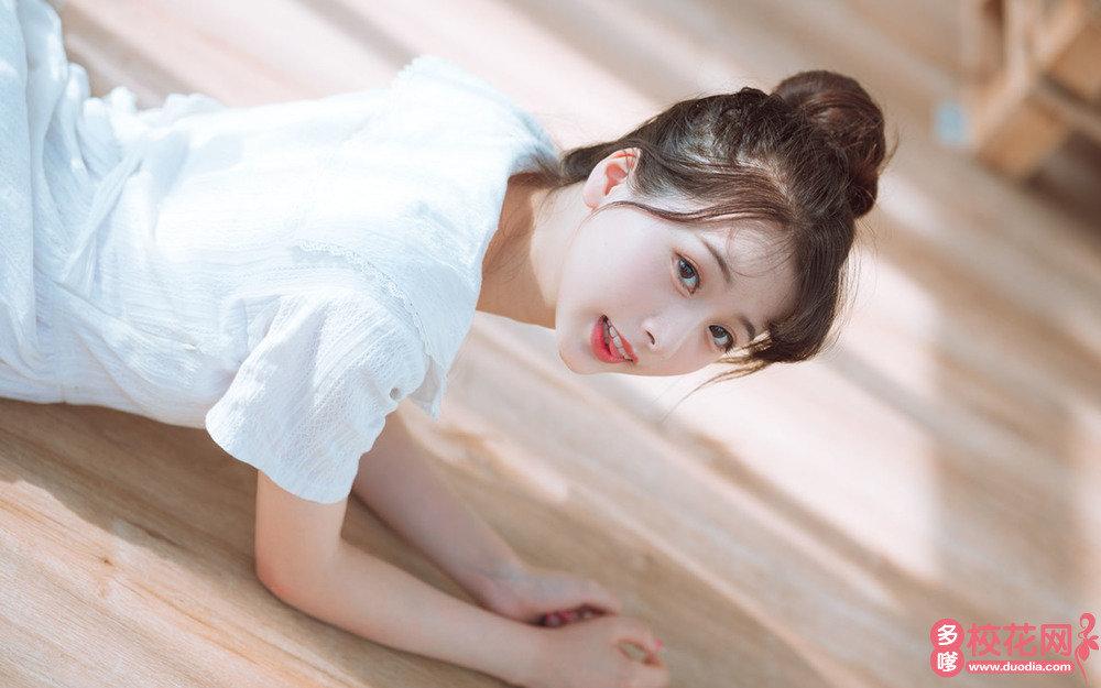 贵阳市第二十一中学美女校花吕蕾萌私人摄影