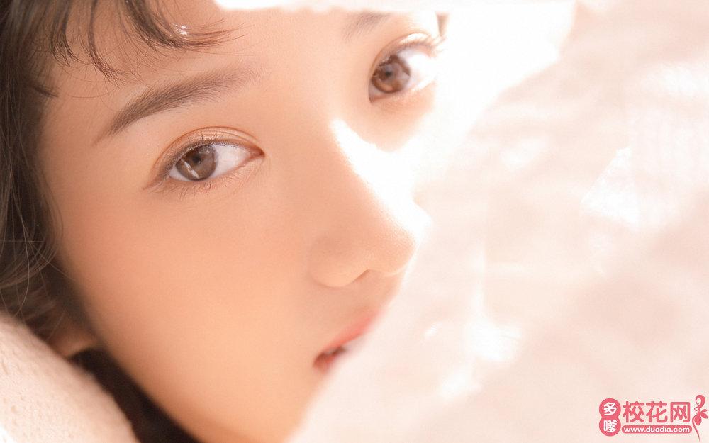 四川省成都市第十七中学美女校花韩卡丽摄影写真