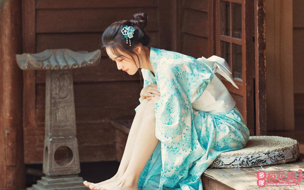 重庆市朝阳中学美女校花周水琳私房摄影