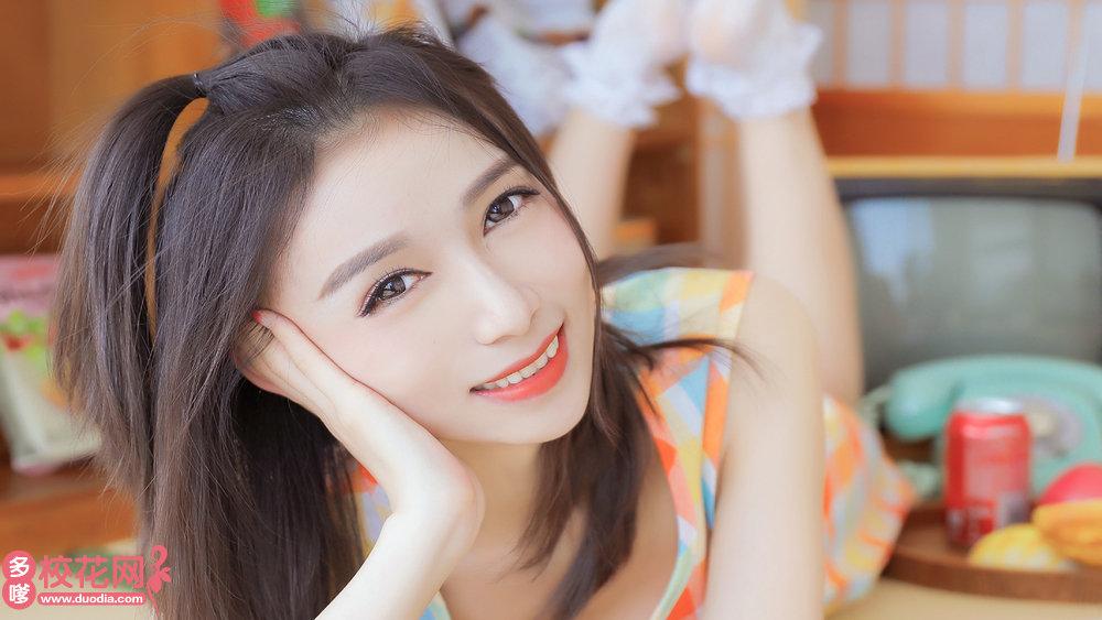 重庆市第四十二中学校美女校花孔雯宇私人摄影