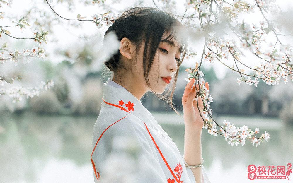 深圳中学美女校花刘婷钰艺术照
