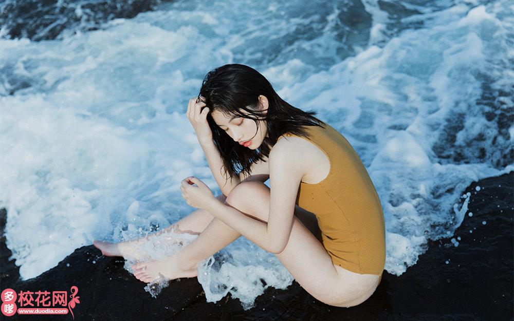 广州市番禺区市桥第二中学美女校花宁瑾鑫高清照片