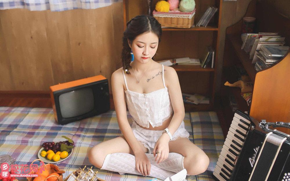 广州市第六十三中学美女校花张恺琳摄影写真