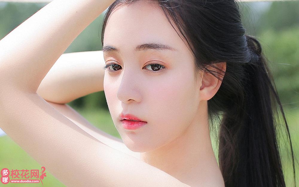 长沙县黄花镇谷塘中学美女校花刘亚庆写真