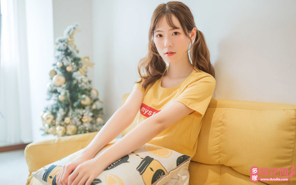长沙县福临镇双起中学美女校花梁人方时尚摄影