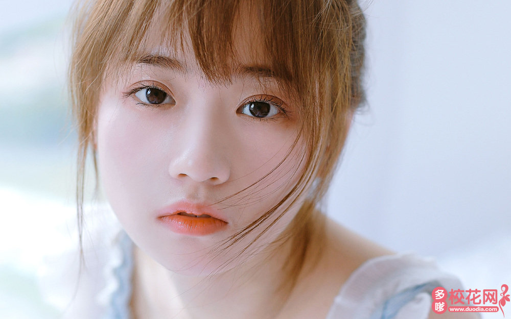 武汉市第十一中学美女校花翟美卉高清图片