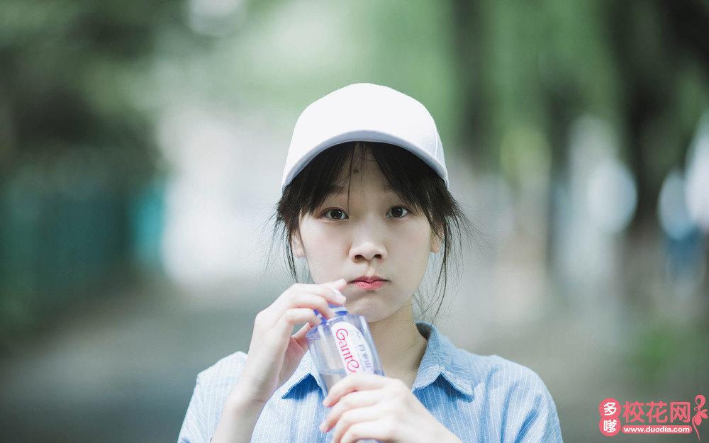 武汉市第十六中学美女校花罗燕林高清私房照