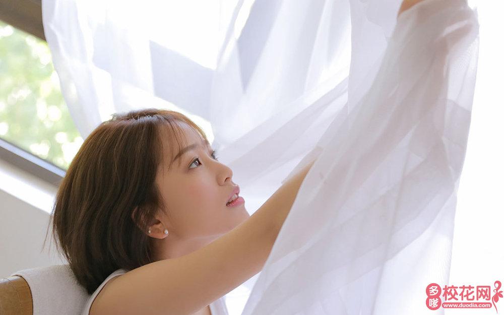 武汉市第二十六中学美女校花卫兰银写真套图