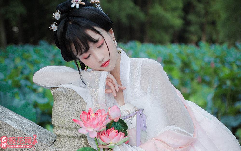 武汉市第六中学分校美女校花马哲敏摄影图
