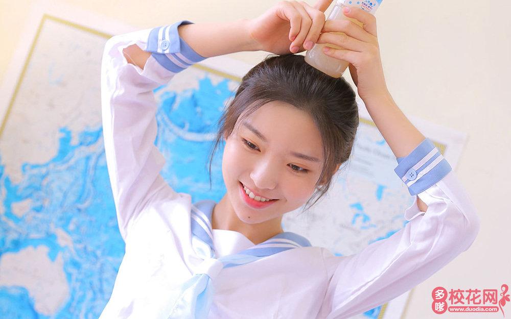 修武县第一中学美女校花孔付美照片