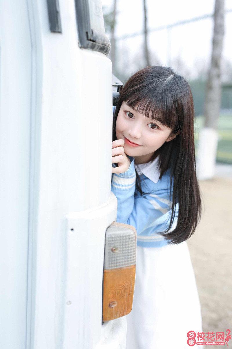 大理大学美女校花李淑莉高清照片