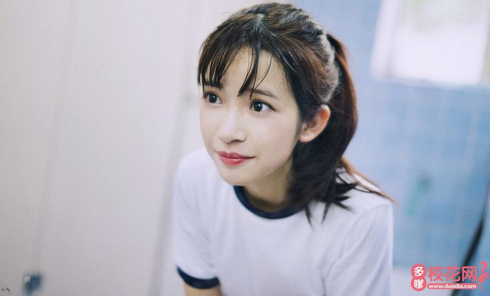 河北中医学院美女校花朱庆景私拍写真