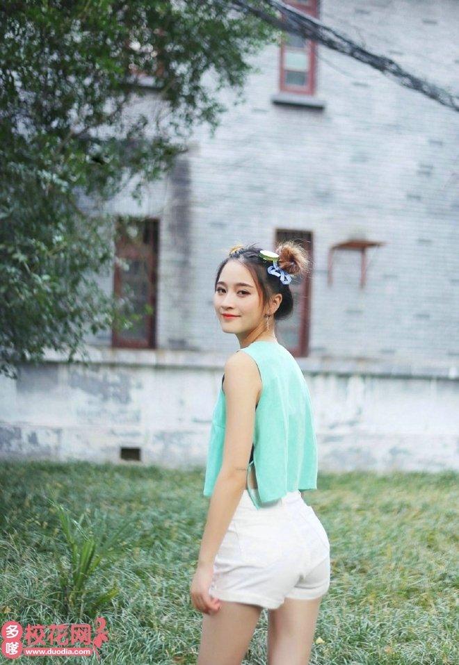 河南工业大学美女校花卫丽欣高清私房照
