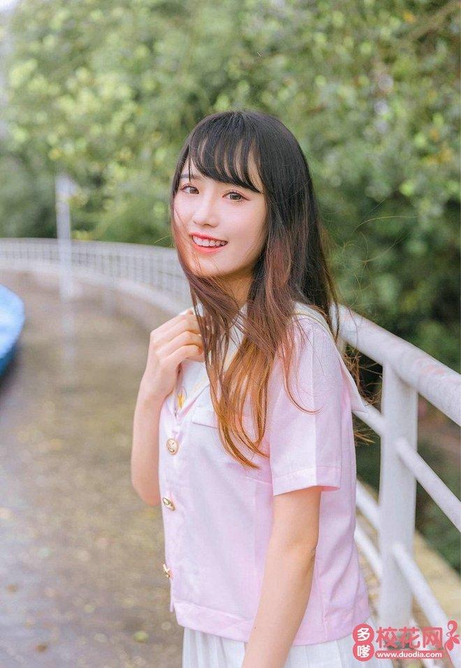 重庆师范大学美女校花秦连花私家摄影
