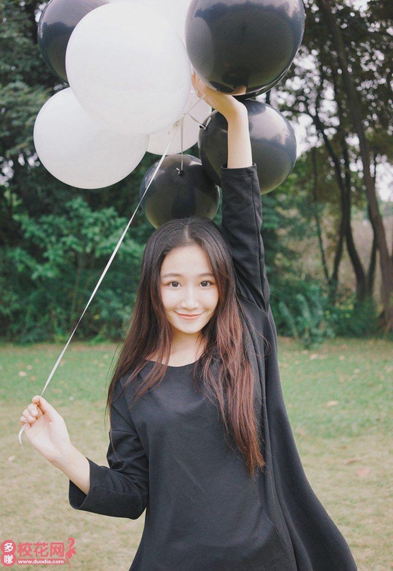 海南师范大学美女校花林万秀摄影图片