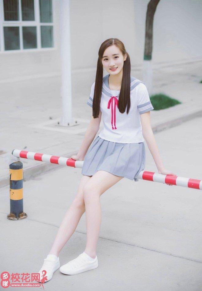 安阳工学院美女校花冯秀盆高清照片