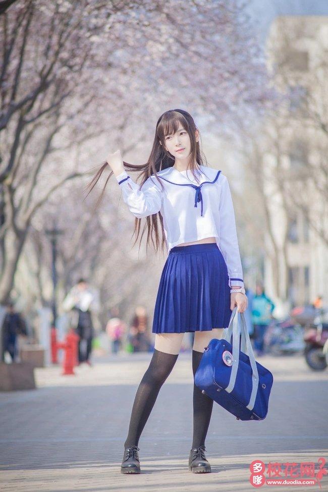 南安市石砻中学美女校花王凌珊私拍照片