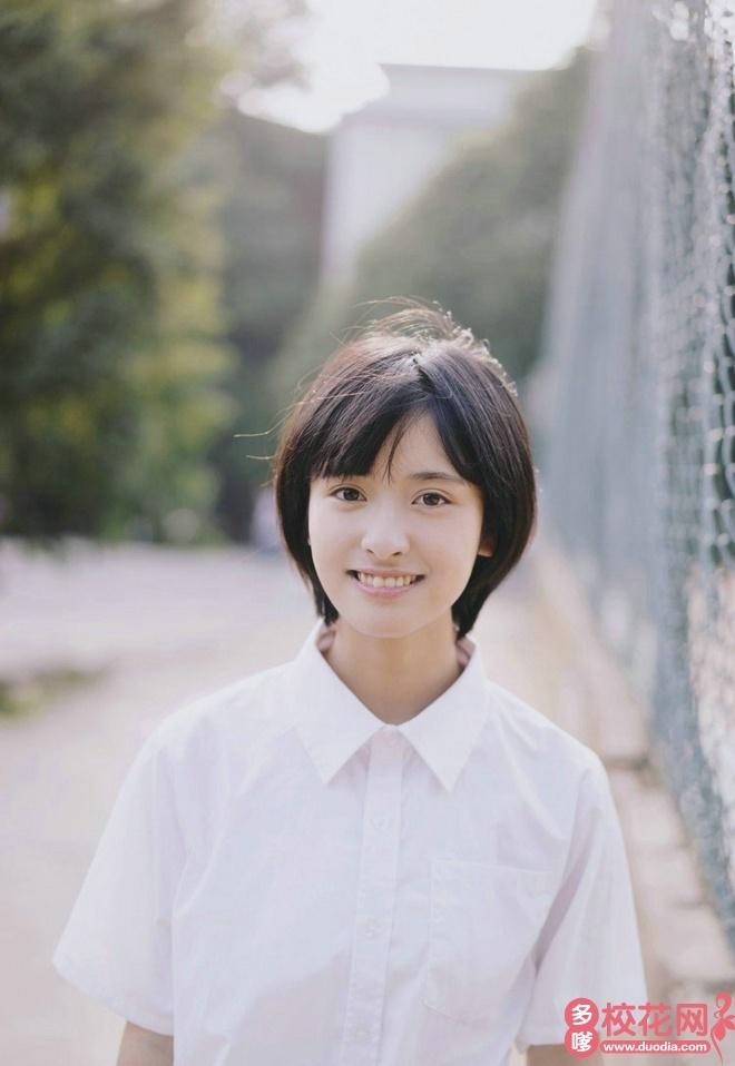 重庆工商大学派斯学院2018级校花傅丽枫