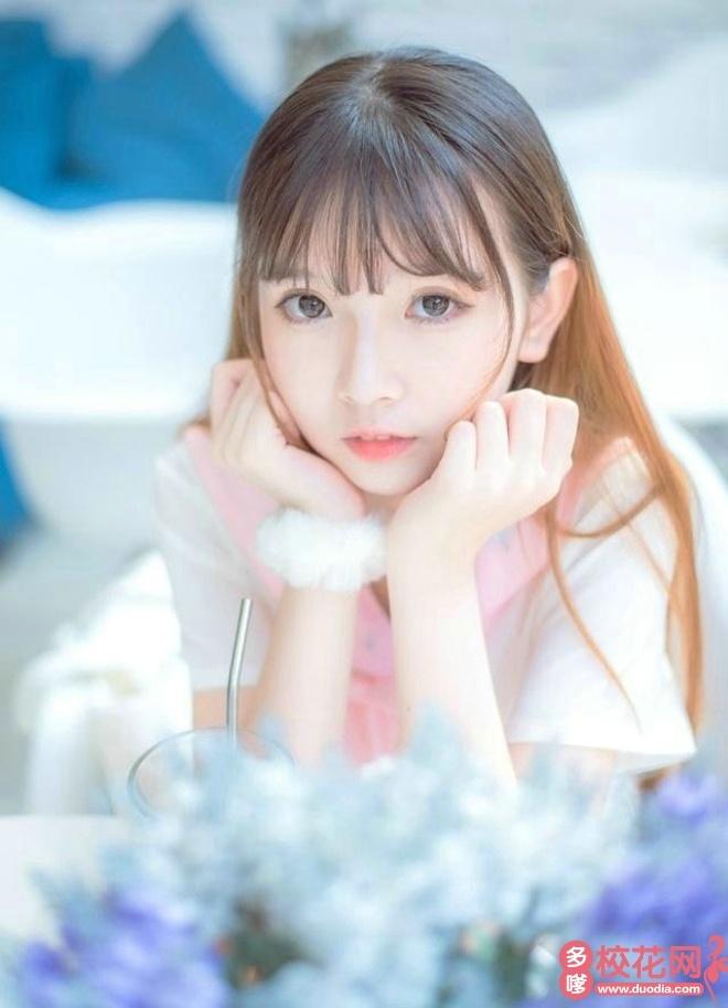 兰州财经大学陇桥学院2019级校花廖梦香