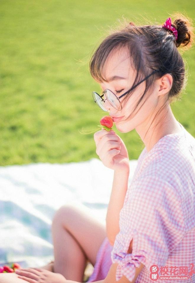 贵州民族大学人文科技学院2018级校花张春阳