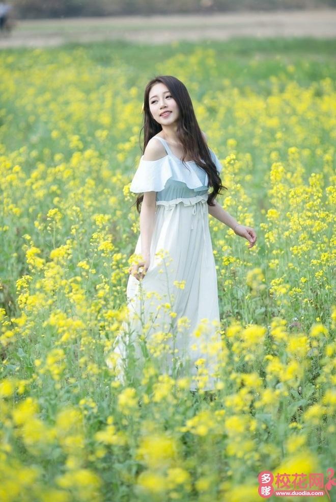 青海大学2019级校花江婉华