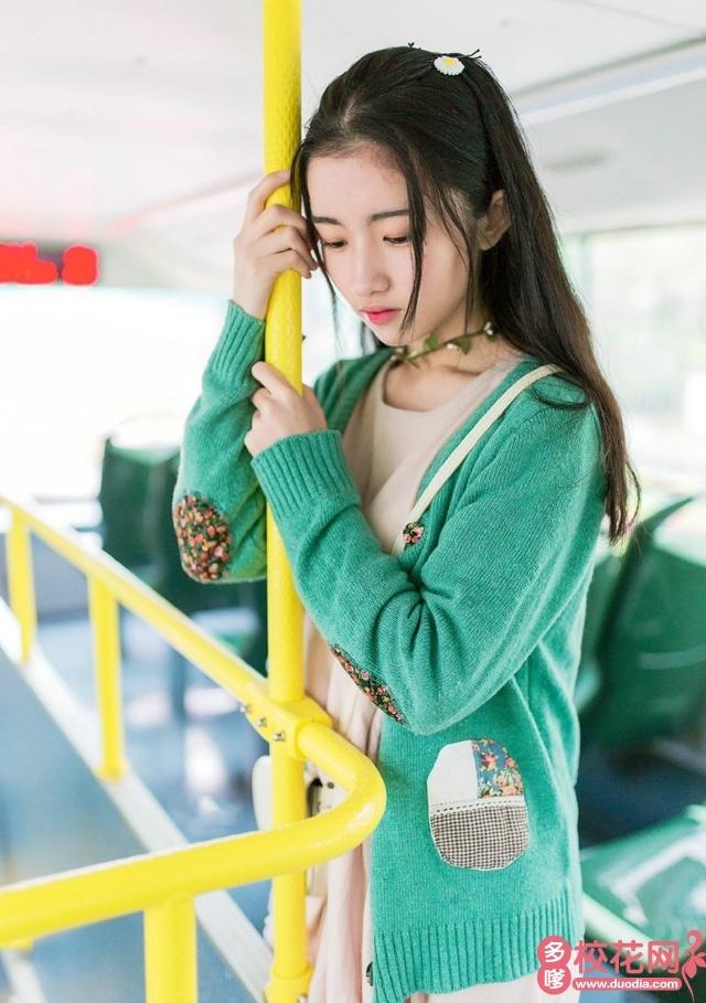 北京工业大学耿丹学院校花王灵雨