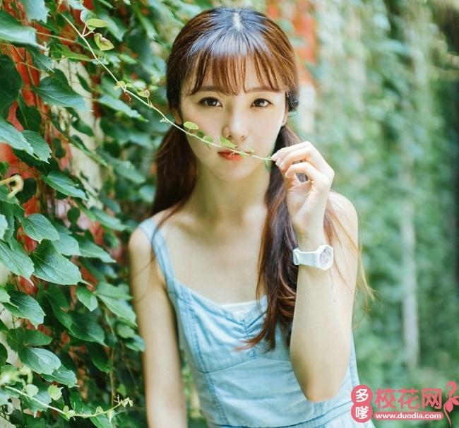 江西中医药大学校花梁茗霞