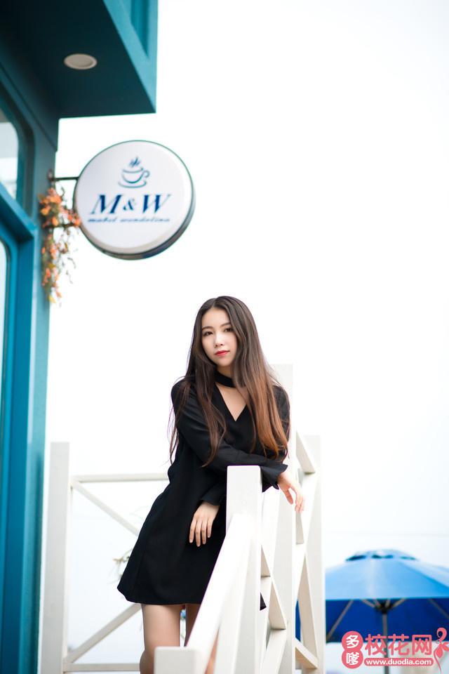 湖南应用技术学院2018级校花李梓祯