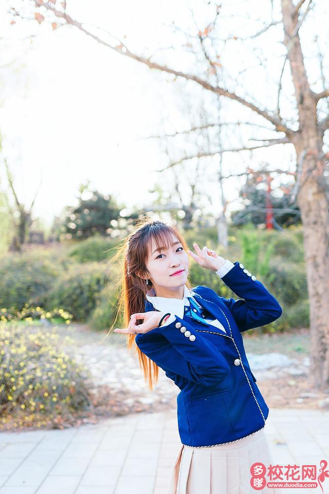 青岛滨海学院2018级校花杨夏仙