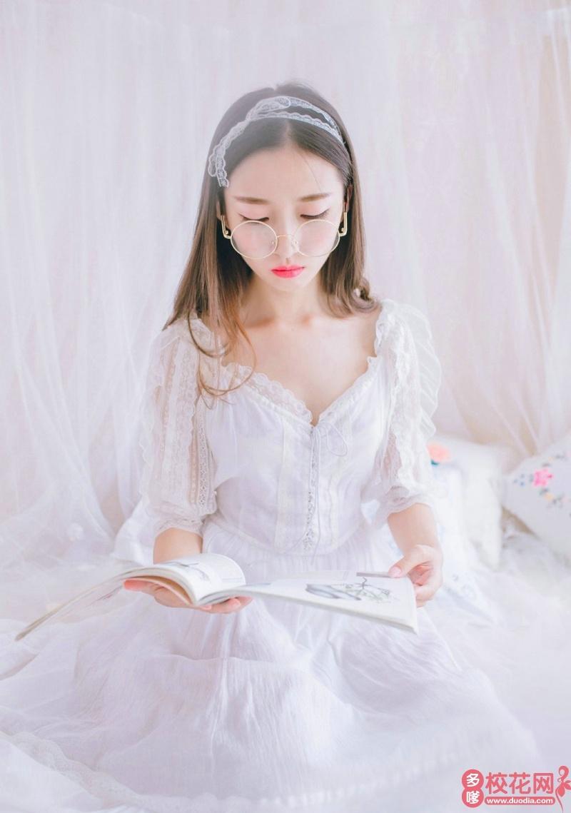 郧阳师范高等专科学校2019级校花皇甫玫琳