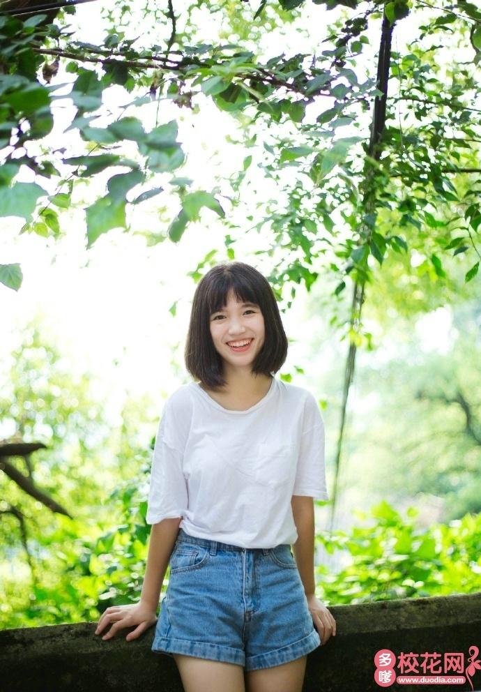 湖南大学2018级校花尹佳珠