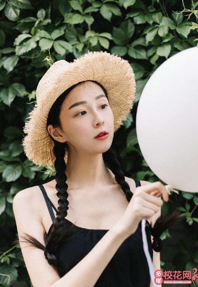 沈阳航空航天大学2018级校花陈蕾萌