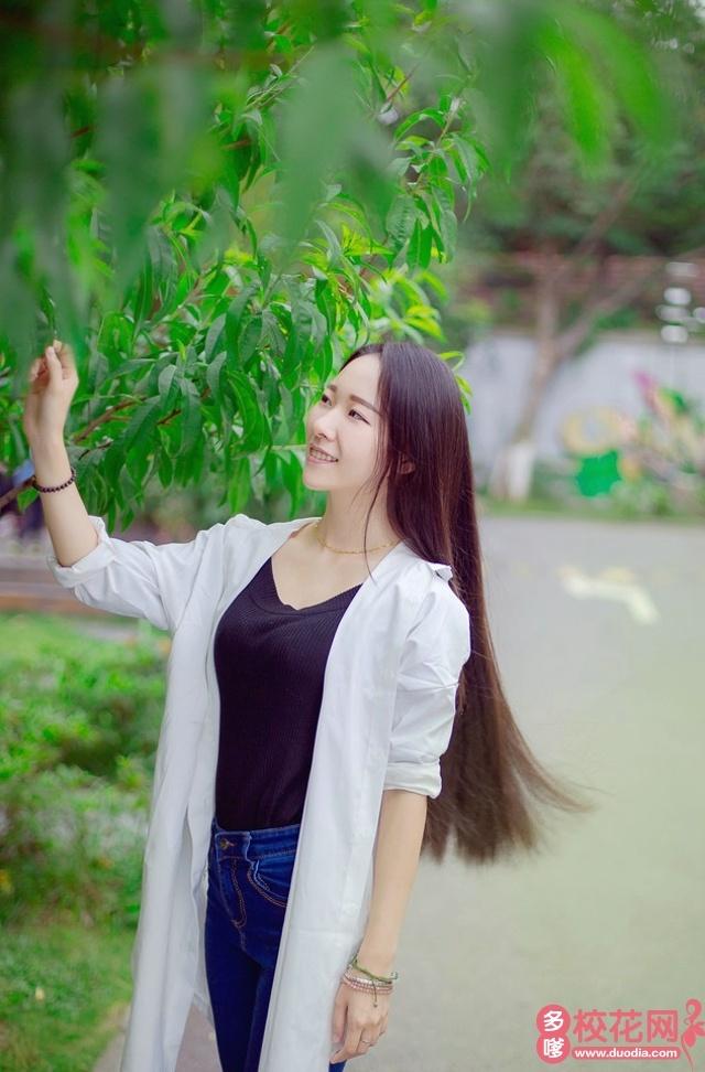 吉林医药学院2019级校花喻敏