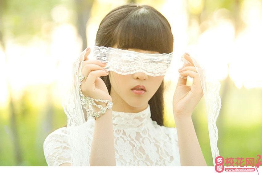 重庆师范大学涉外商贸学院2019级校花舒镜