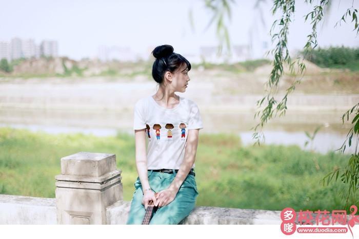 温州商学院校花杨黎斌