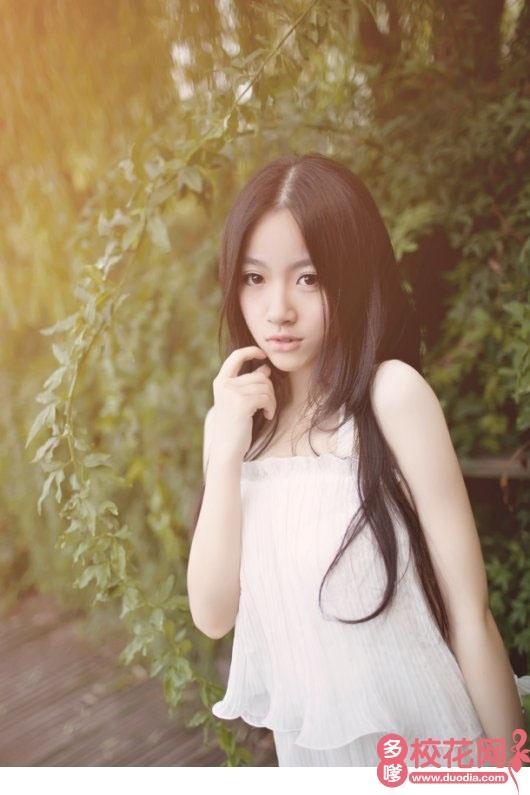 成都文理学院校花张洪鑫