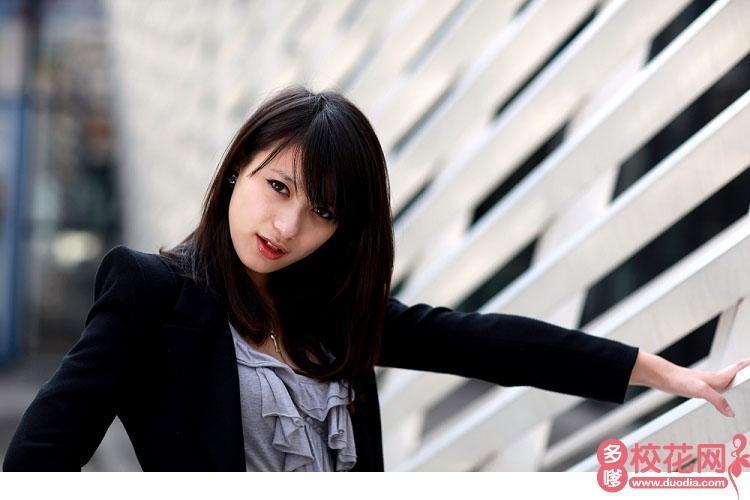 四川大学锦城学院2019级校花彭美玲