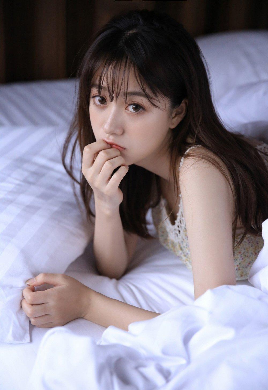 日系甜美小清新氧气美女私房内衣长腿清纯诱人写真