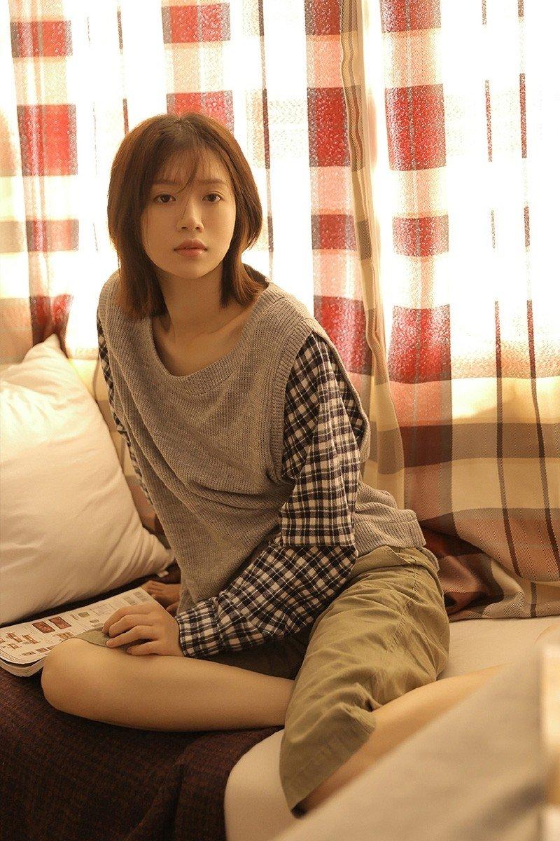 邻家清纯美女学生妹甜美迷人唯美私房图片