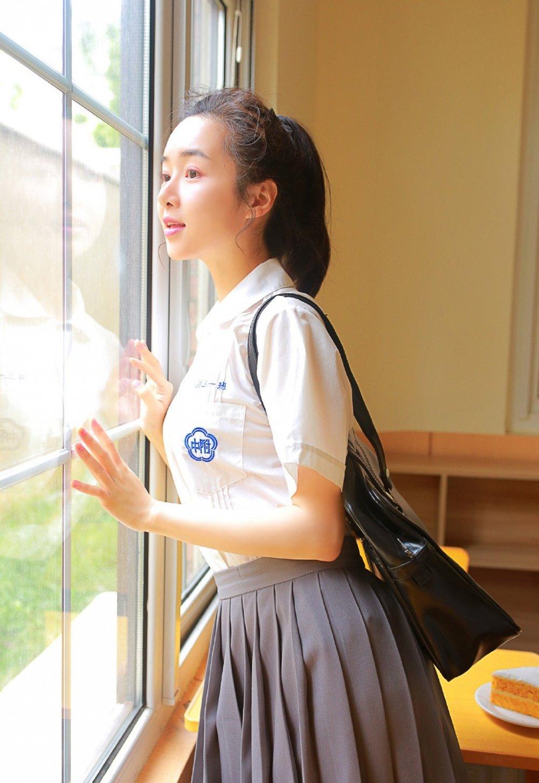 校园文科系萌妹子jk制服短裙清纯写真