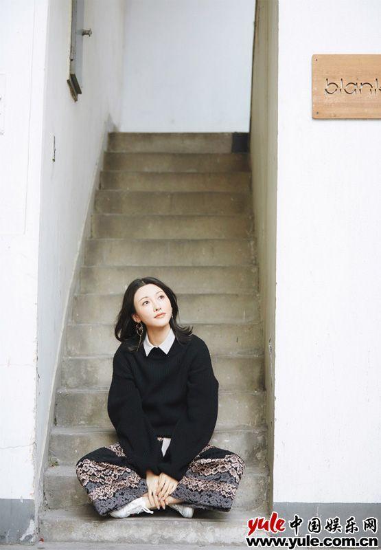 管乐曝深秋街拍 森系慵懒俏皮混搭[8P]