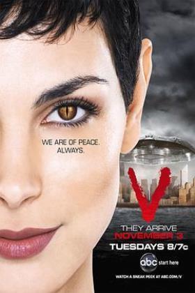 V星入侵第一季海报