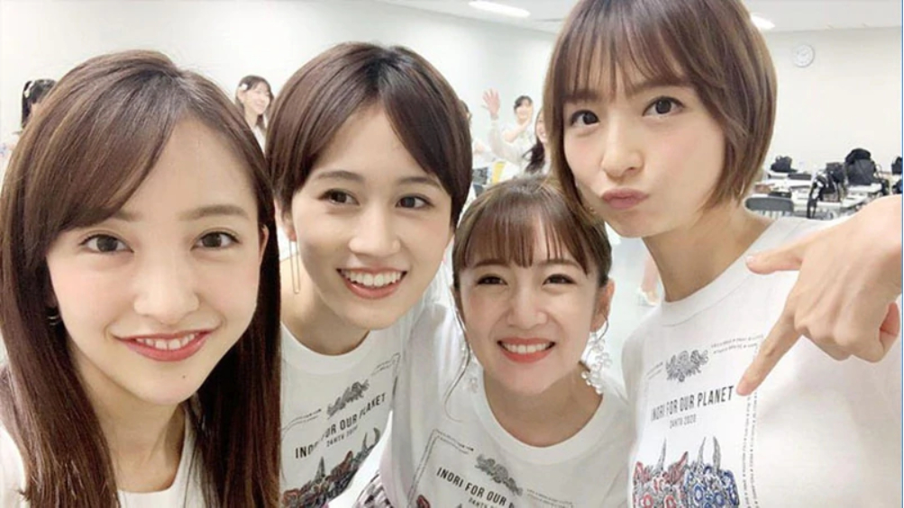 【再度合体】前田敦子产后复出AKB48「神7」四成员现身慈善骚