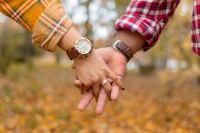 甜蜜恩爱的情侣牵手高清壁纸大全