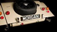 复古大气的2018摩根 V6敞篷跑车桌面壁纸