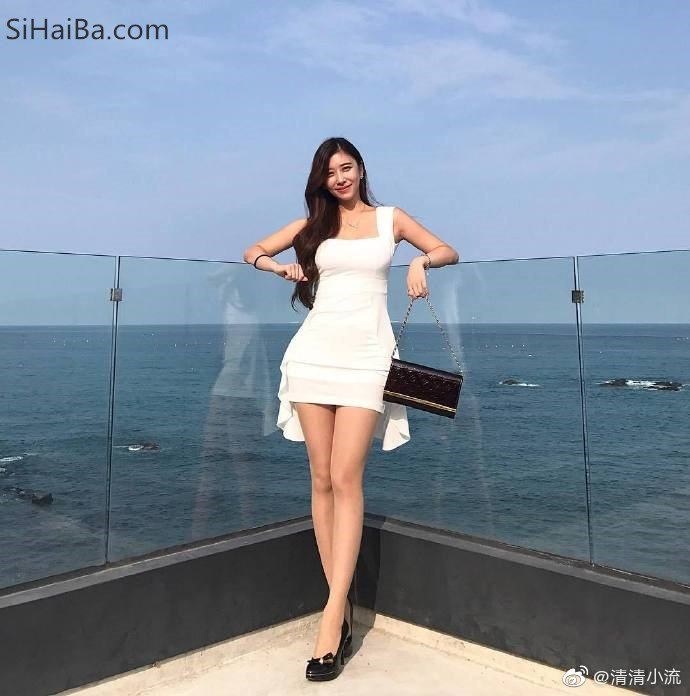 【大众口味】韩国美女Jin Yeyoung(真艺英),ins-lloveeely 涨姿势 第1张